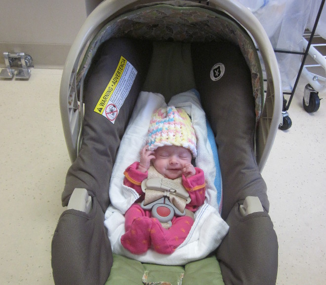 photo carseat_zpsb4917b16.jpg